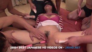Japonský skupinový sex s Kotone Kuroki